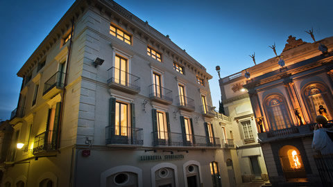 Museum Apartments Figueres